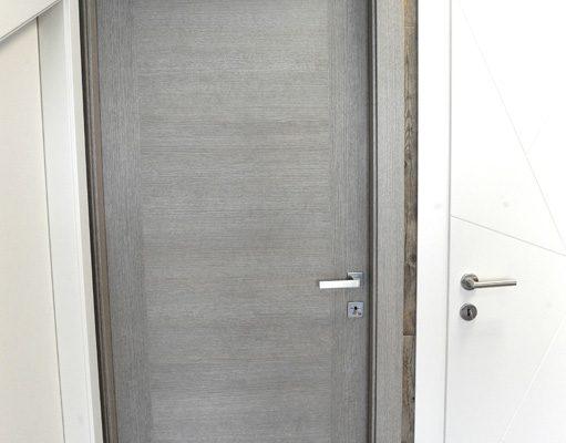 particolare porta 3